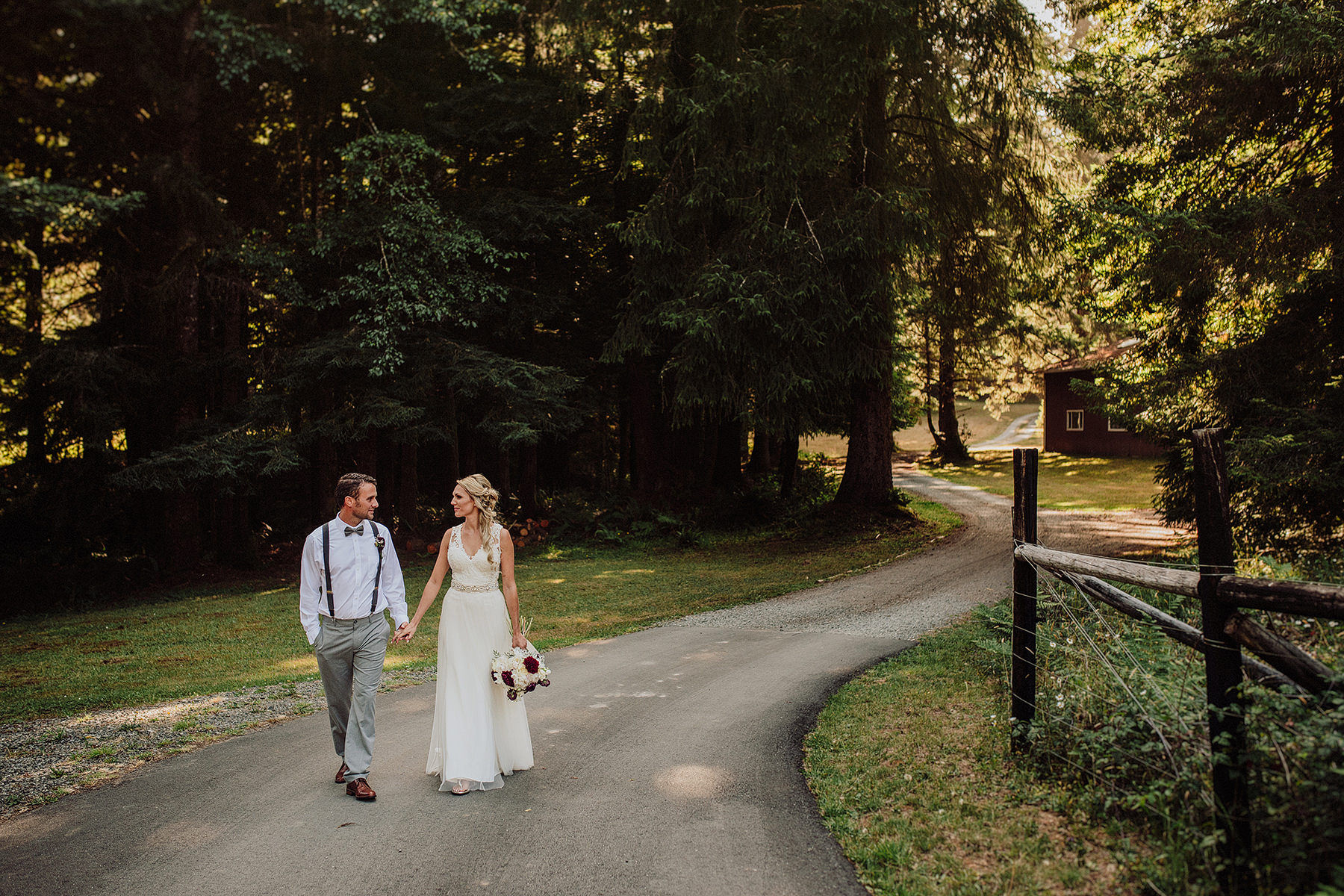 arcata wedding in aldergrove gardens