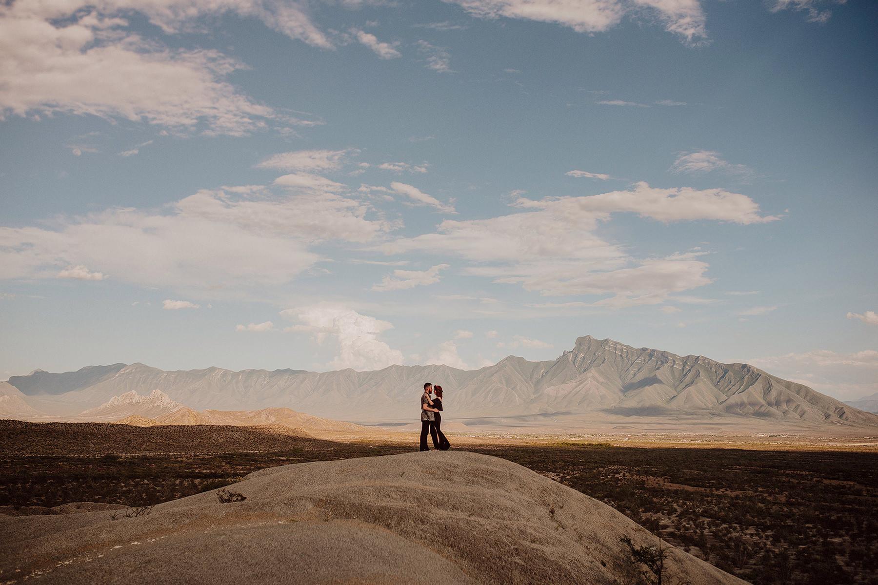 alternative session in the desert